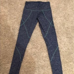 🔥BRAND NEW Nordstrom Patterned Athletic Leggings